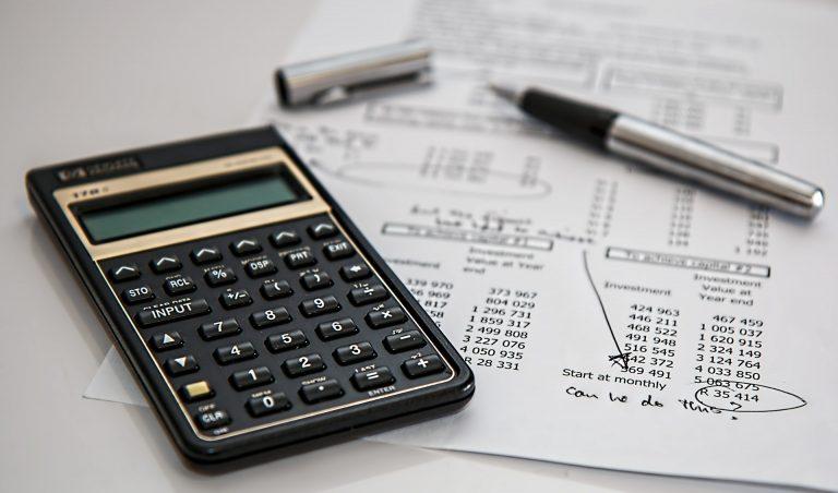 calculator 385506 1920 1 768x452
