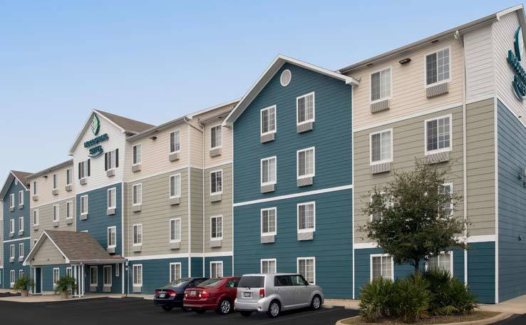 WOODSPRING SUITES FTWALTONBEACH EXTENDED STAY HOTEL EXTERIOR DAY 2 738x456800 1